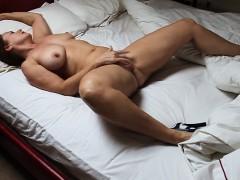 Met This Hot Wife From Sexymilfdate.net