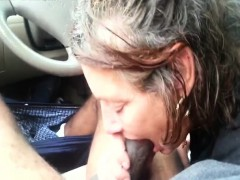 white-mature-pussy-takes-black-dick-in-the-car