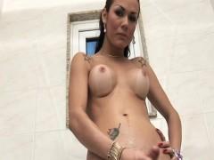 kalena-rios-erotic-tranny-tugging-her-cock