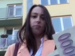 eurosex-girlnextdoor-pussyfucked-in-public