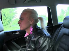 nice-ass-blonde-amateur-banged-in-fake-taxi