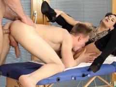 Babe Gets Bisex Cumshot