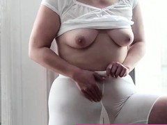 mormon-milf-amateur-masturbates-with-vibrator-in-underwear