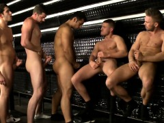 tugging-muscle-jocks-in-group-get-cumshots