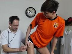dilf-coach-barebacking-skinny-students-ass