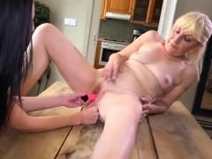 old matures take off panties sexy