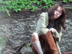 Japanese Teen Shows Pussy