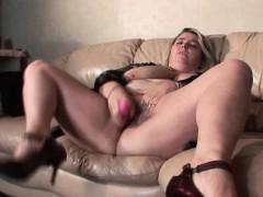 huge-tits-bbw-mature-dildoing-her-wet-cunt