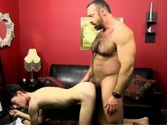 Clip Porno Gay Emo Brad Slides His Spear Up Benjamin's Bum W