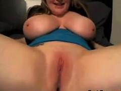 busty-cam-chick-masturbates