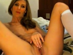 cam-model-striptease-and-cum-with-toy