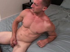 amateur-marine-jerking-his-dick
