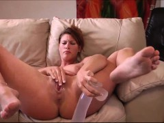 incredibly-sexy-milf-squirting-with-her-dildo