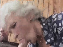 granny-gets-laid-with-a-younger-gent