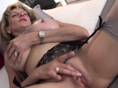 cheating-british-milf-lady-sonia-presents-her-big-boobs