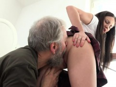 Old Goes Young – Nakita has the most amazing sex
