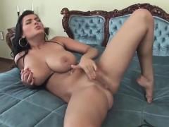 huge-tits-masturbating