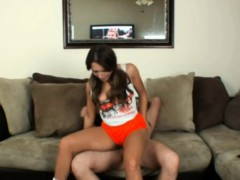 poking a hooters woman — freefetishtvcom