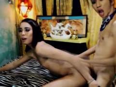lovely-trannies-in-a-hot-anal-show