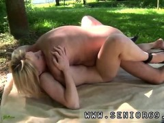 bree-olson-fucks-old-guy-but-hey-john-is-not-only-fine-look