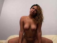 horny-chick-dimond-jewelz-fills-all-her-holes-with-big-cocks