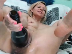 blonde-milf-with-huge-pussy