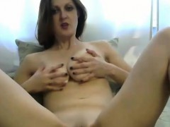 sexy milf doing it herself – Porn Video