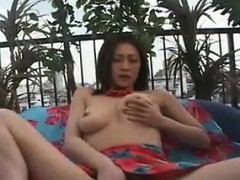 Bodacious Beauty Uses Her Favorite Toys To Bring Her Pussy