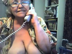 giant-gran-in-a-webcam-r20-marshall-live-on-720camscom