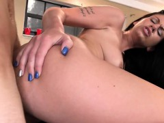 College Amateur Teen Spitroasted In Threesome