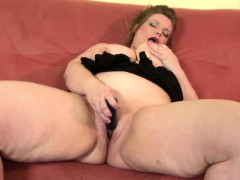 Euro Mumsy With Naughty Huge Body Marth From 1fuckdatecom