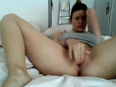 french-wet-cunt-yessenia-live-on-720camscom