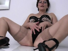 hairy-real-mature-wife-wants-a-goo-lourdes-from-1fuckdatecom