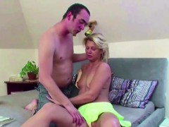 hey-seduce-hot-milf-step-mom-to-fuck-her