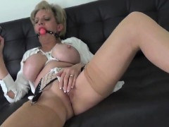 adulterous-english-milf-lady-sonia-displays-her-large-tits