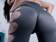 tattooed-tranny-showing-her-perfect-big-butt