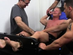 british-gay-male-foot-tube-johnny-gets-tickled-naked