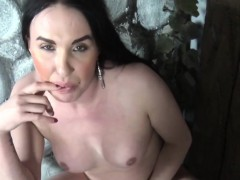 amateur-transsexual-dildofucks-her-tight-butt