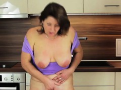 buxom-mature-mom-plays-with-her-we-renate