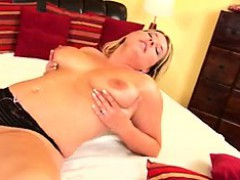 massive-natural-breast-mommy-mastr-bettye