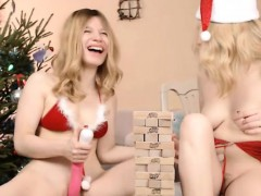 teens-playing-spankin-and-toying-pussy