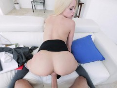 Stunning blonde Elsa Jean gives head