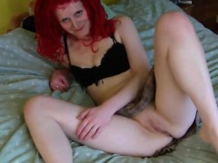 Rookie Uk Daisy Strip Toy And Blow Aretha From 1fuckdatecom