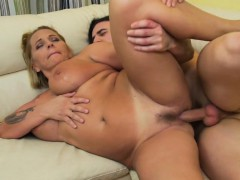 naughty-hotties net – mature mama gettin all dirty – Free Porn Video