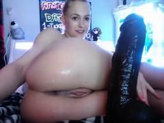 Teen Training Her Ass