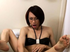 Kinky Spex Ladyboy Toys Ass While Jerking Off