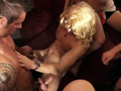 ripped-euro-hunk-cocksucked-at-party