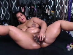 Submissive Oiled Bitch With Huge Ass And Creamy Vagina