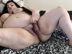 bbw-valentina-with-bouncing-white-booty-and-phat-vagina