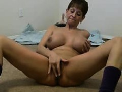 bigtitted-adult-amateur-cums-about-the-sybian